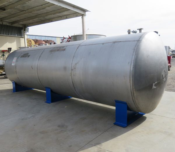 5500 gallon stainless tank 04