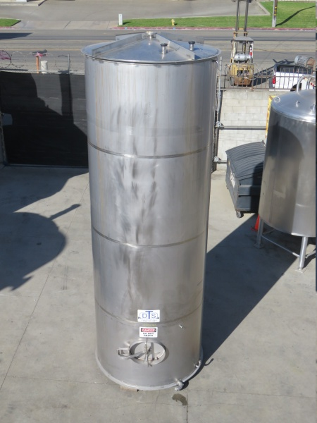 2700 gallon stainless tank 05