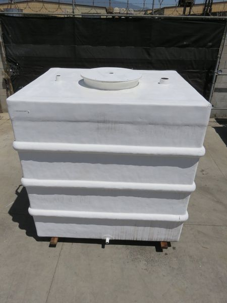 1350 gallon fiberglass water tank   1350 gallon fiberglass