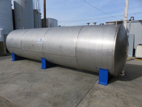 5500 gallon stainless tank 07