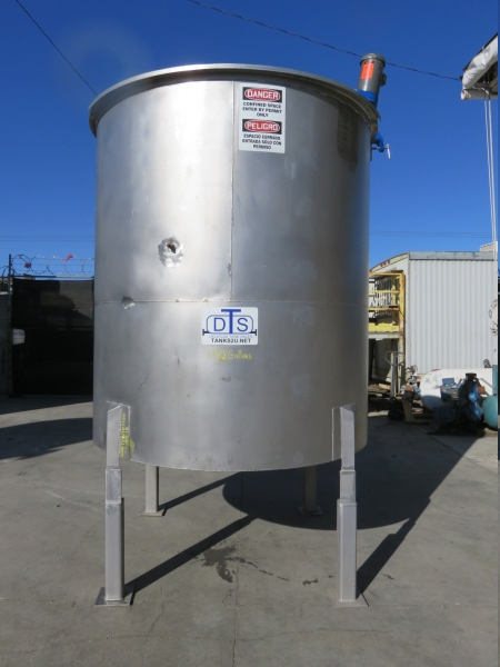 1700 gallon stainless mixing tank 02